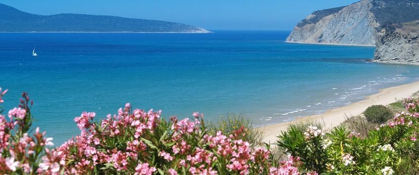 Beach Finiki Lambas - Pelops Greek Houses